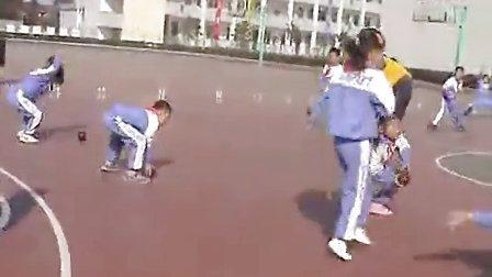 小学二年级体育优质课视频《有趣的地滚球》陈晓蕾小学体育优质课视频