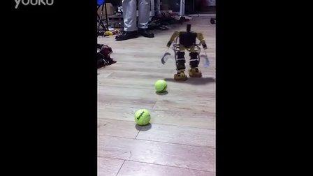 人形机器人投球训练3