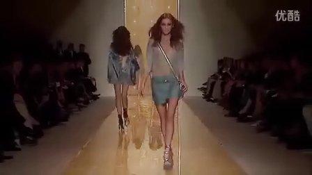 Twippo法国时尚-【VERSACE】-20122013春夏时装周秀场视频汇总