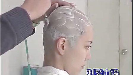 美女剃光头日本剃发市场37_标清