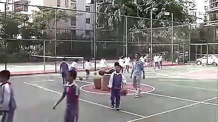 A606小学五年级体育优质课展示《复习武术操与学习篮球行进运球》王老师