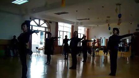 汕头哪里学三人舞比较好 汕头时光流行舞蹈演艺培训中心