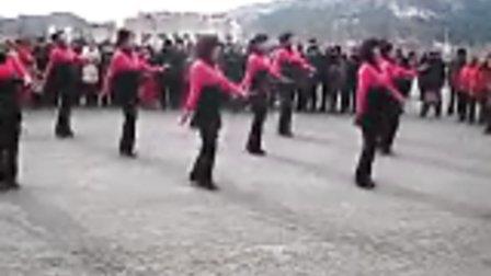 草河口镇枫叶之乡舞蹈队 广场舞