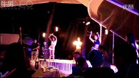 【牛男独家】菲律宾长滩岛沙滩酒吧美女骑马舞