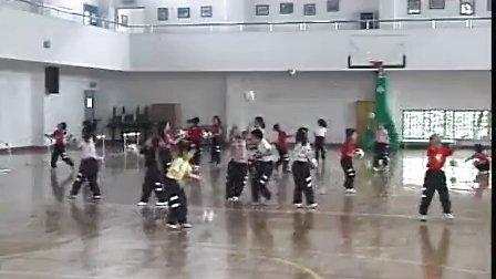小学一年级体育优质课视频《小足球射门》小学体育优质课视频