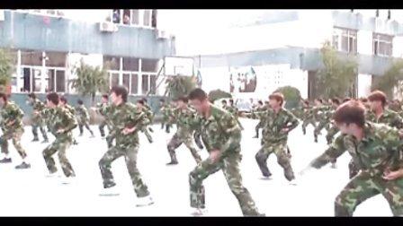 2011年北京万通汽修学校-军训视频