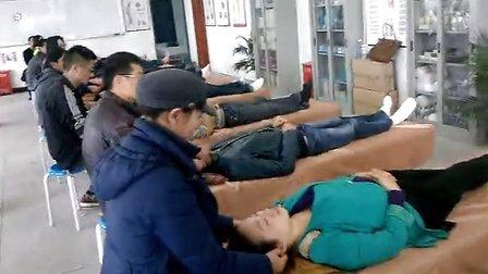 谁知道哪个学校可以学习中医针灸推拿按摩足疗修脚培训