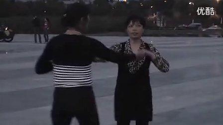 大兴双人舞―恰恰《十八岁姑娘一朵花》