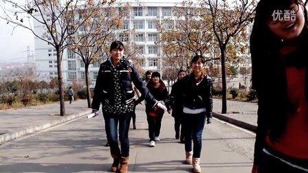平顶山学院外国语学院11级英语播音五班汇报演出开场视频(宣传片)