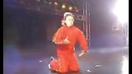 经典的POPING红色双人舞