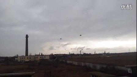 Военные вертолеты над Крымом