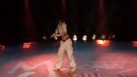 亚男(成都星空间) 女子单人Dancer