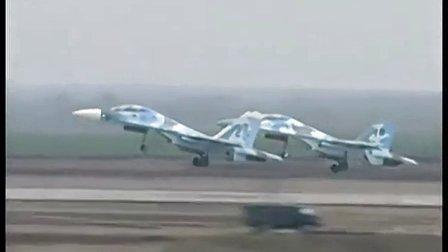 军情解码---乌克兰苏27升空拦截俄罗斯战机