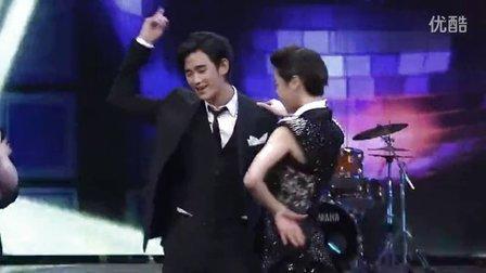 金秀贤 - 2010 SBS演技大赏最佳新人奖  跳舞 中文