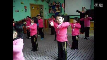 甘州区东湖幼儿园 幼儿舞蹈艺术班节目--农家小女孩