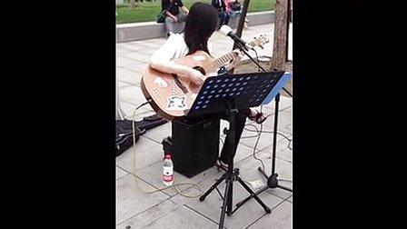 北京街头最动听女生《真的爱你》_高清