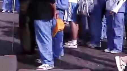 山东省北镇中学东校区运动会男子跳高(哈哈,里面那个女声爆强爆雷爆汗吖!这个GG大家应该很熟悉哈哈)