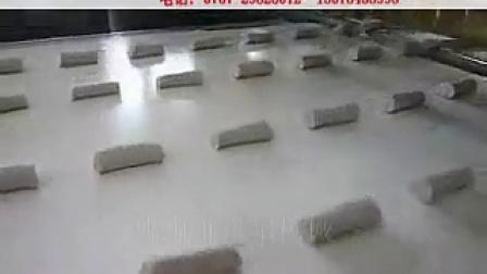 蛋糕切块机 蛋糕机械 蛋糕生产线 蛋糕设备 切块机 糕点设备