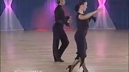 Slavik Kryklyvyy and Karina Smirnoff Rumba