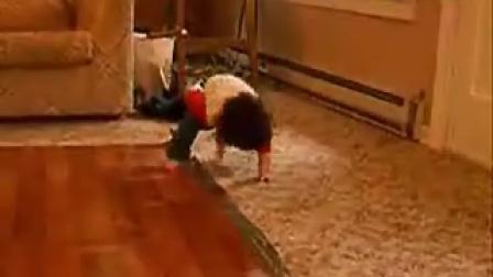 3岁小孩搞笑动感街舞