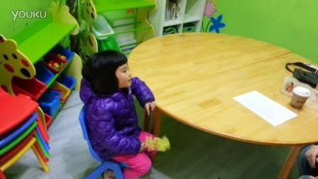 老外学中文之Tom 1 on 1 a cute kid-www.disneyguide.com.cn
