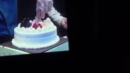 140323 金秀贤 上海fm  - 做生日蛋糕 唱生日歌