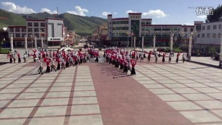 甘南藏族自治州碌曲县第二届锅庄舞大赛彩排 碌曲秀隆队
