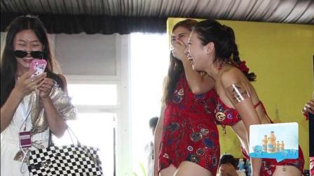 海天盛宴:土豪与外围女的狂欢