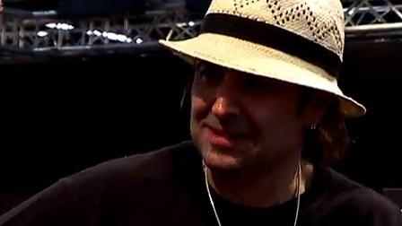 LAG代言人phil campbell在2009年法兰克福展