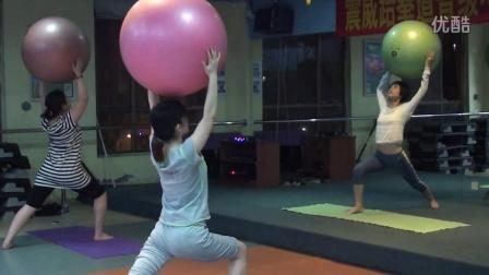 广州黄埔菲力斯健身俱乐部--塑球瑜伽