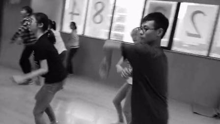 exo排练舞蹈上戏附中的小伙伴