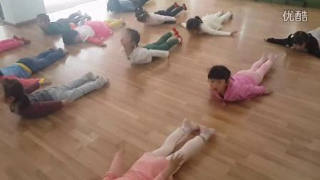 衢州市龙凤舞蹈培训一级1班小飞机