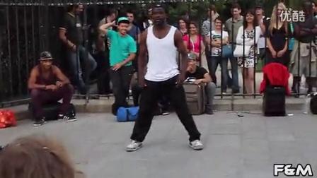 黑人跳机械舞就是强