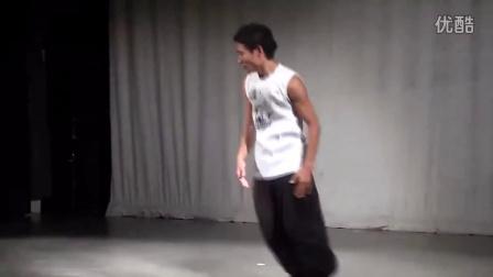 【粉红豹】日本机械舞大神Kenichi_Ebina_2010爆强的poppin演出!