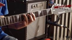 左轮电吉他教程NO.25《详解BEYOND岁月无声伴奏》