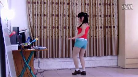 上林三区广场舞穿着短裤学跳肚皮舞附加背面示范