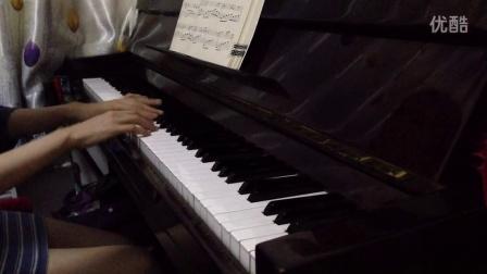 《月亮代表我的心》钢琴曲_tan8.com