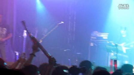 2014.6.25金曲之夜-動力火車-外套