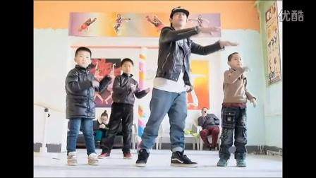 """中国高清街舞冠军""""王智"""""""