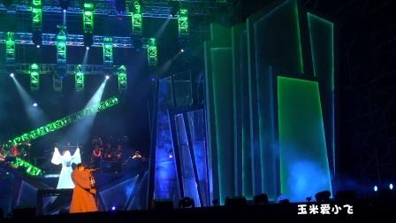 """20121110李宇春""""疯狂""""巡演武汉站.玉米爱小飞拍摄"""