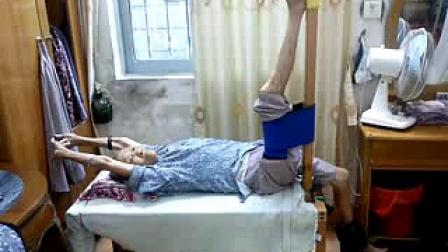 94岁奶奶拍拉成果94-year-old granny clapping and stretching