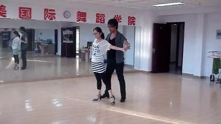 包头艺美国际流行舞蹈培训机构_salsa舞