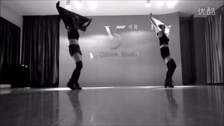 武汉唯舞舞蹈 日韩爵士 朴智妍1分1秒 《Never Ever 》成品舞视频