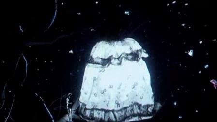 迪奥 Miss Dior 展览 10: 视频装置《西红柿和恰恰都别碰我》 6