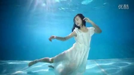 谭湘君 水下大片拍摄摆POS