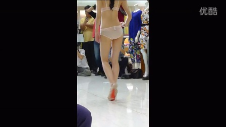性感透透内衣秀近拍模特很漂亮