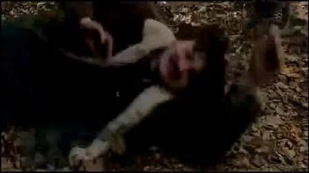 月光光心慌慌9片段3 迈叔拿到一血