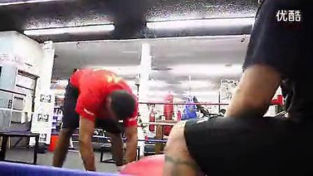 【巨人健身】世界轻量级拳王Amir Khan的格斗功力训练