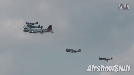B-17, P-38, P-47, and 2x P-51 Formation - Thunder Over Michi