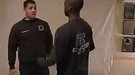 【巨人健身】自我防卫术-单人近身格斗-街头缠斗技术指导_标清
